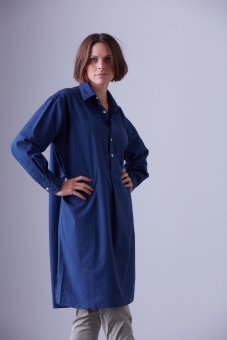 Long shirt in percale marine