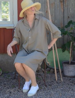 Long shirt in percale olive